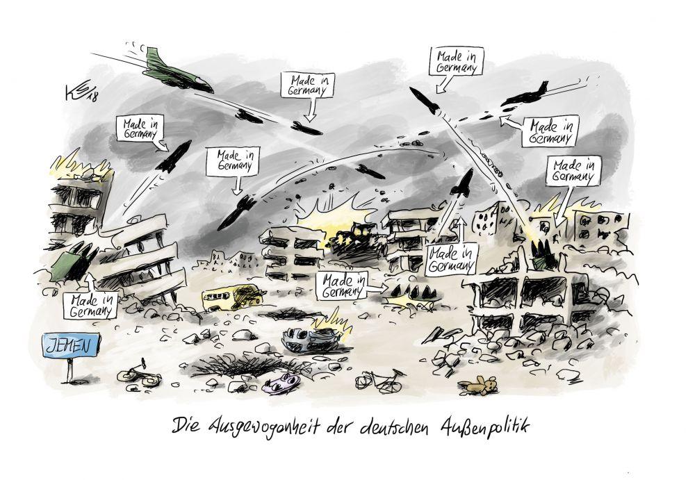 """Zu sehen sind kriegszerschossene Hausruinen, Fahrräder, Autos und ein Teddybär mit kreuz und quer fliegenden Geschossen und Raketen. Im Vordergrund steht auf einem Schild """"Jemen"""". Die Geschosse sind sämtlich mit Hinweisen """"Made in Germany"""" gekennzeichnet."""